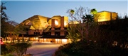 Disney's Animal Kingdom Lodge House - SAVE up to 30% on DEAL room categories!