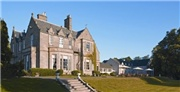Traditional spa retreat just outside Edinburgh city centre with breakfast included and a choice of room types